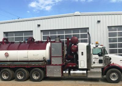 IMG_1573.jpg vac truck
